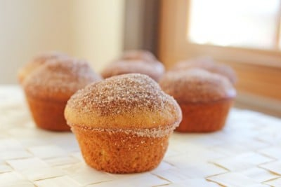 apple-cinnamon-doughnut-muffins