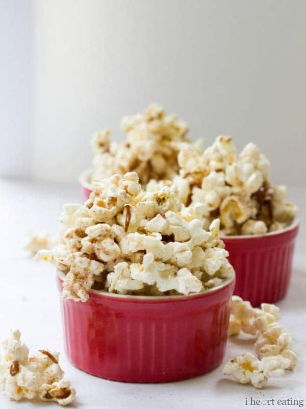 Browned Butter Snickerdoodle Popcorn   Popcorn drizzled with browned butter and then dusted with a cinnamon sugar mixture. It's a delicious way to get your cookie fix without turning on the oven!