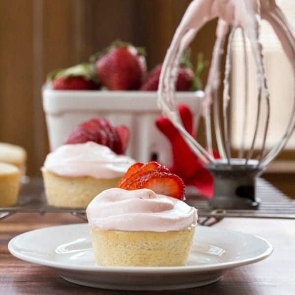 Strawberry Cream Cheese Icing