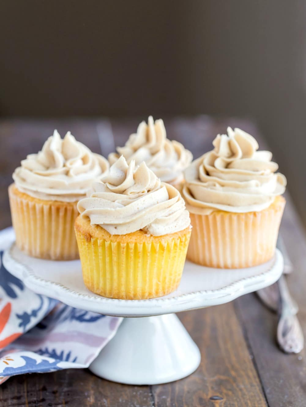 Whipped Brown Sugar Buttercream Frosting I Heart Eating