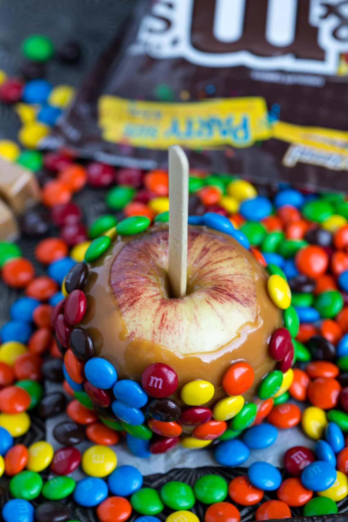 M&M Caramel Apples