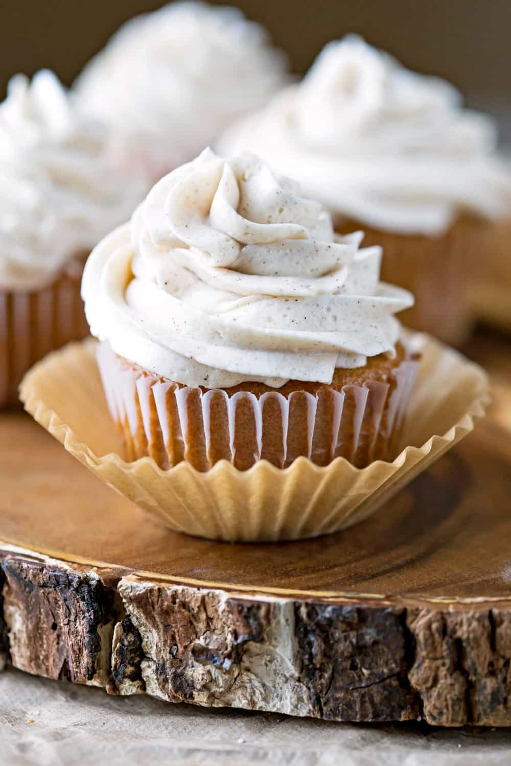 Whipped Cinnamon Buttercream Frosting