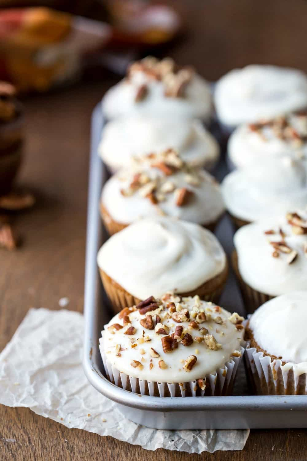 Maple Cream Cheese Frosting pumpkin spice cupcakes with maple cream cheese frosting - i heart