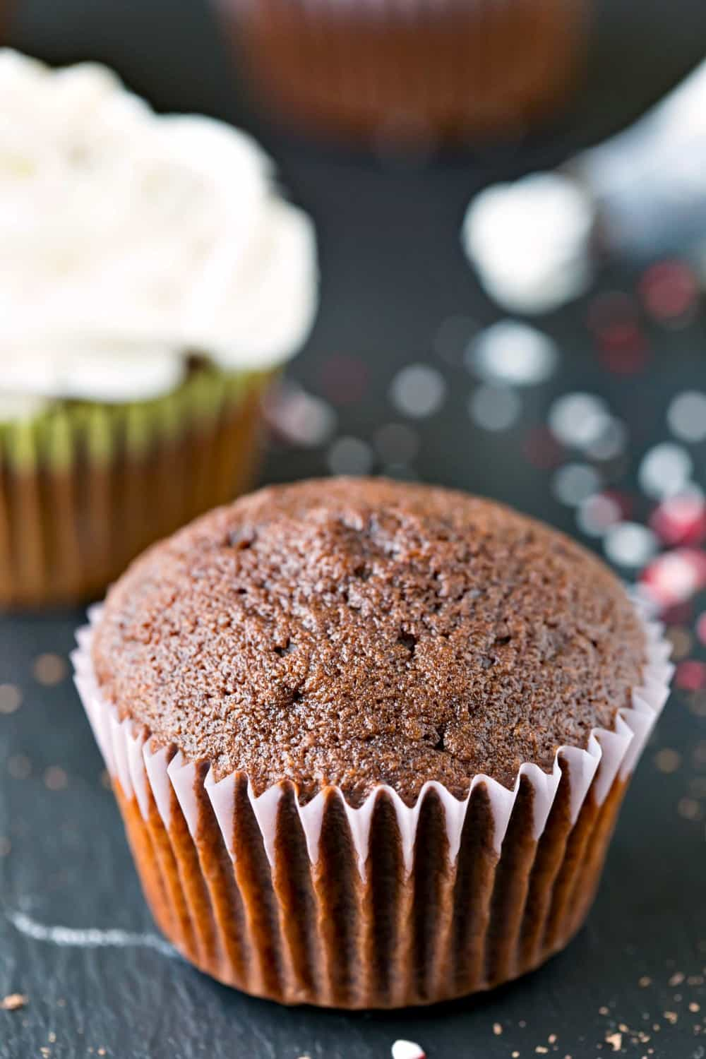 Easy Chocolate Cupcakes - i heart eating