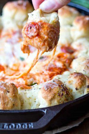 Skillet Pizza Dip