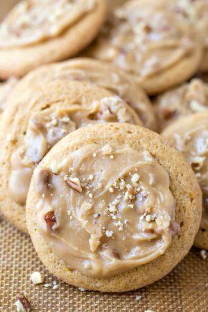 Pumpkin Praline Cookies