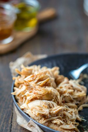 Slow Cooker Honey Chipotle Chicken Sliders