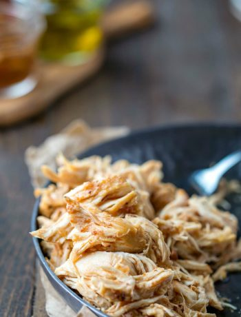 Slow Cooker Honey Chipotle Chicken Sliders