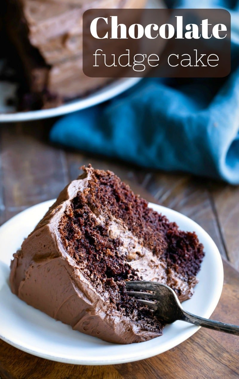 Chocolate fudge cake is the ultimate chocolate cake recipe! This moist, chocolaty cake is so easy to make. You'll never want to buy a box mix again! #chocolate #cake #recipe #best #easy #ihearteating