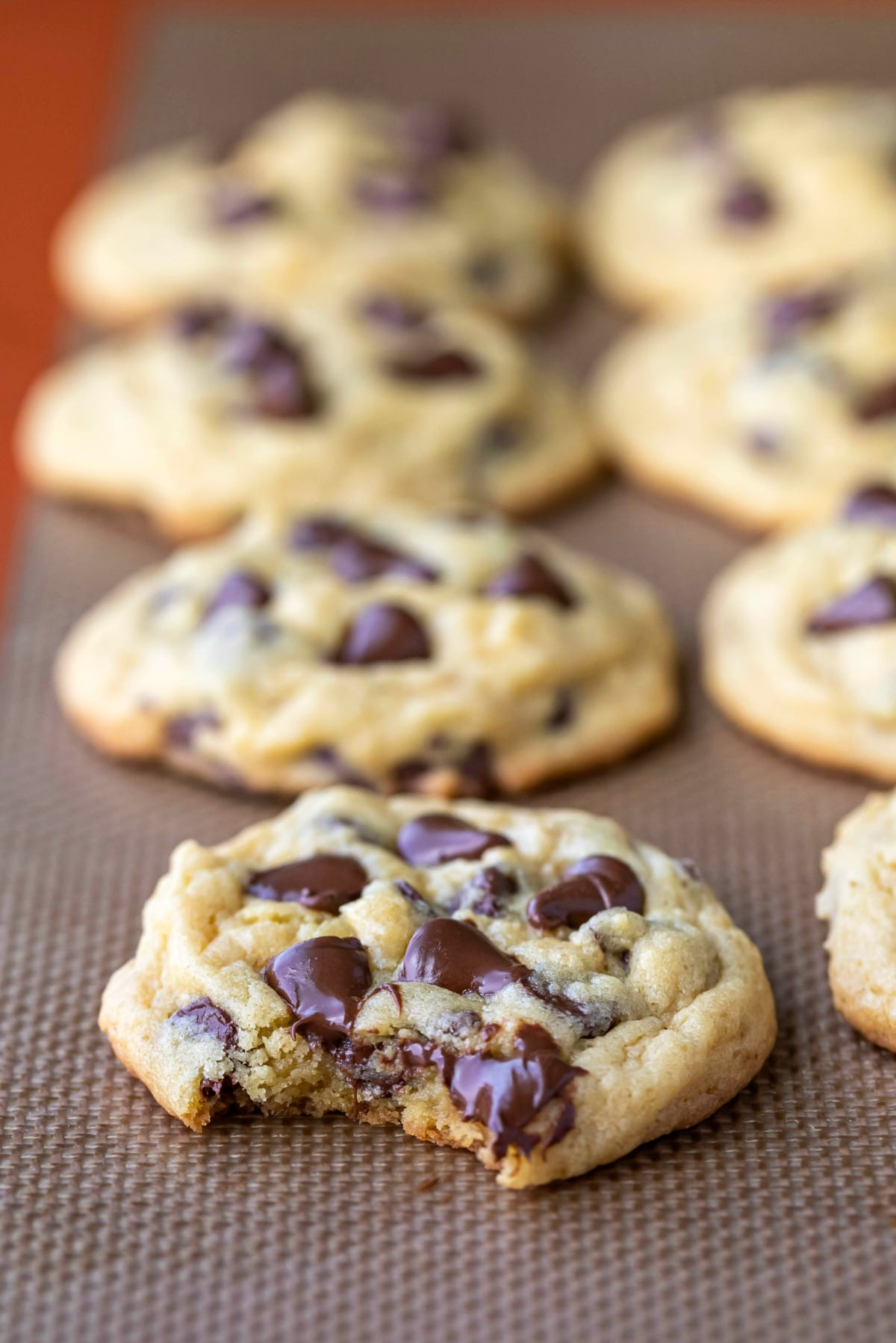 row of chocolate chip pudding cookies