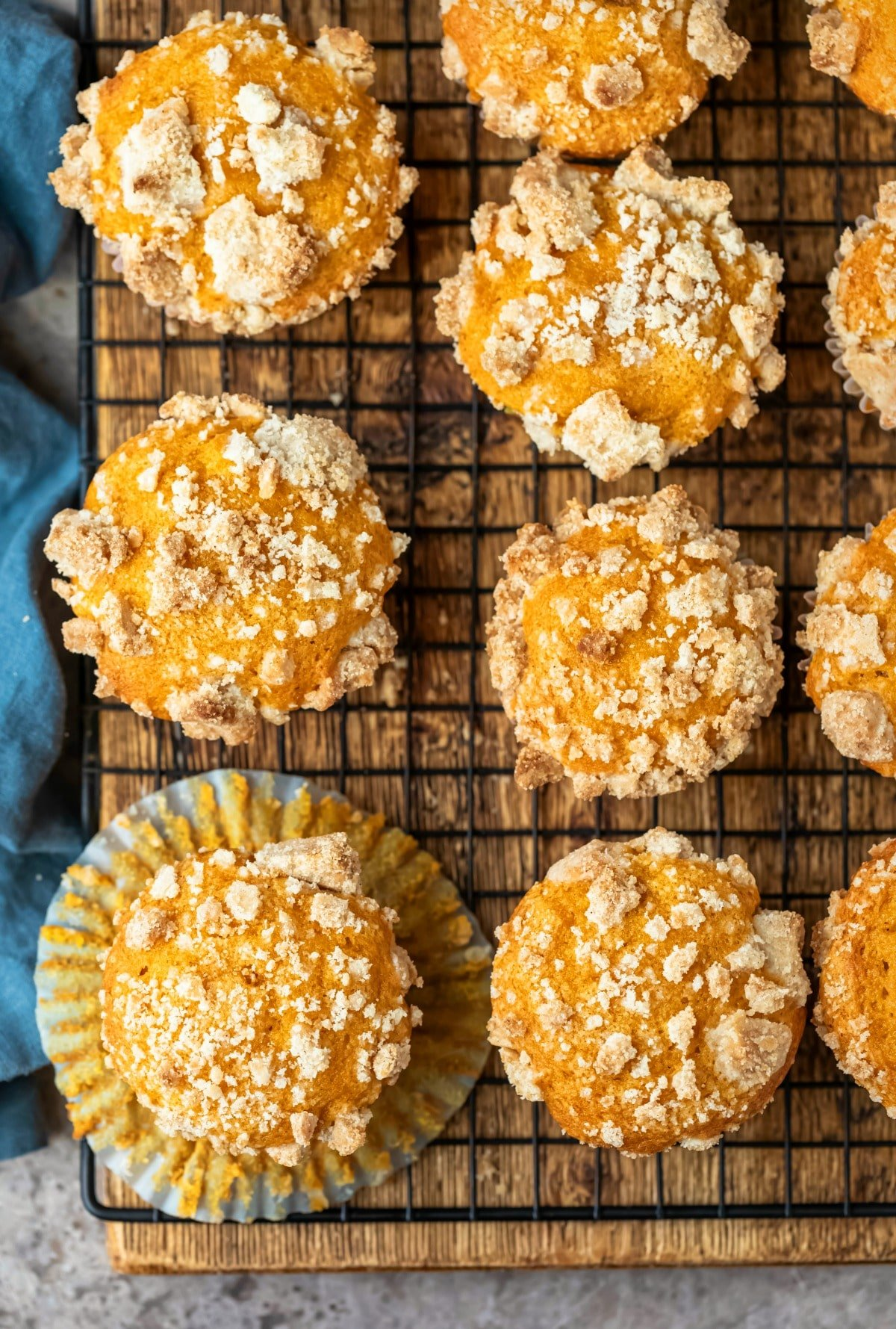 Overhead picture of rows of pumpkin streusel muffins
